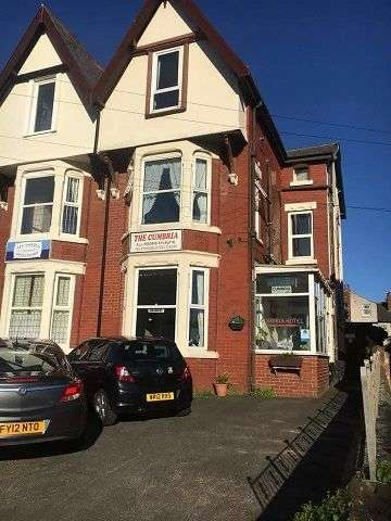 7 Bedrooms Hotel Gust House for sale in Derbe Road, Lytham St Annes, FY8 1NJ