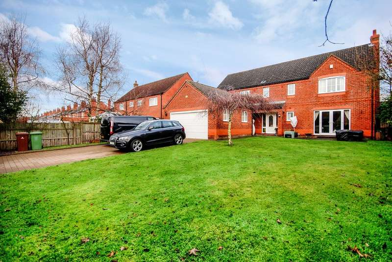 4 Bedrooms Detached House for sale in Garden Court, Lincoln, LN1