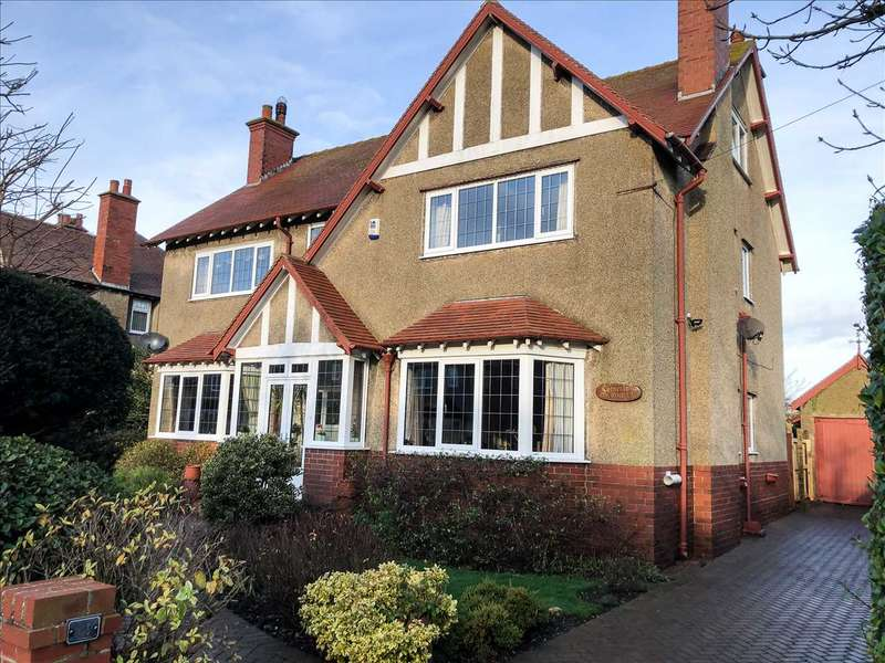 4 Bedrooms House for sale in NEW - St Johns Avenue, Filey