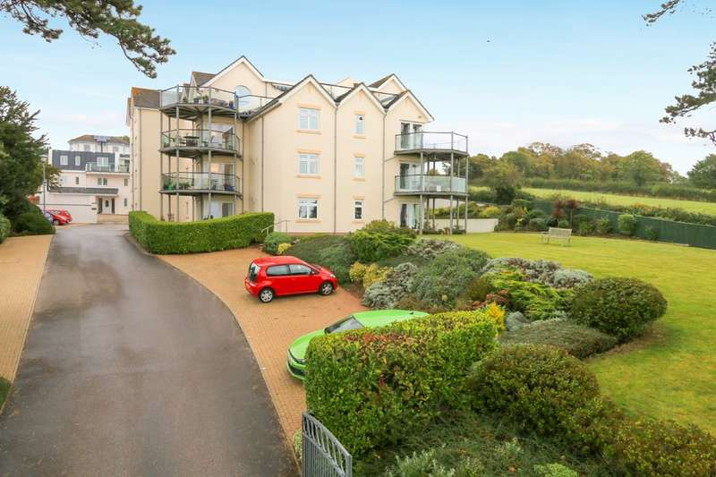 2 Bedrooms Flat for sale in First Drive, Teignmouth
