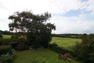 3 Bedrooms Detached House for sale in Pett Road, Pett, Hastings, East Sussex
