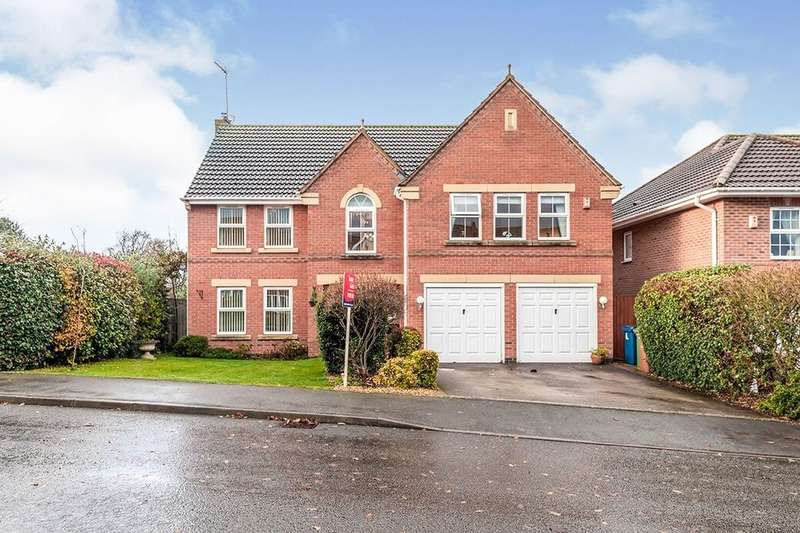 5 Bedrooms Detached House for sale in Spode Close, Stone, ST15
