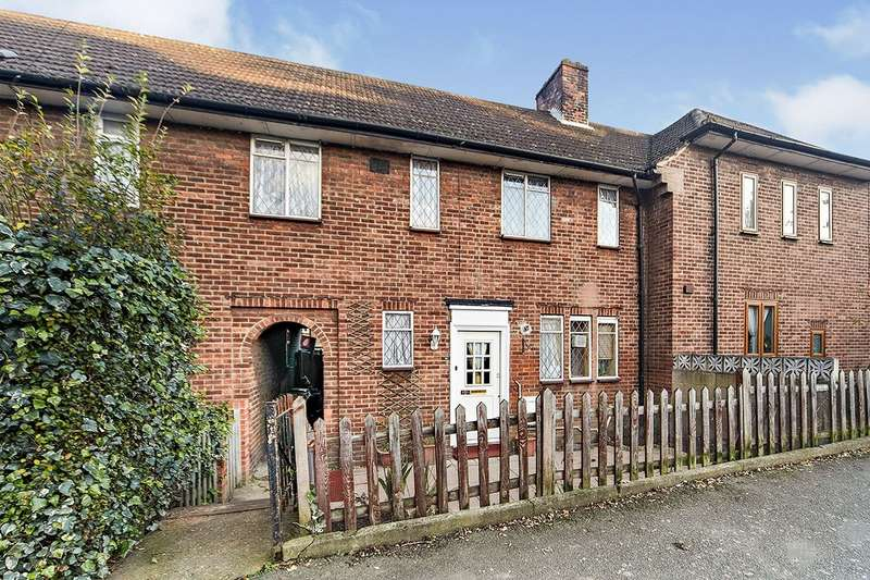 3 Bedrooms House for sale in King Alfred Avenue, London, SE6