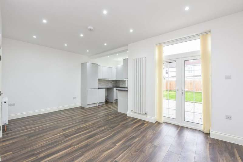 3 Bedrooms Terraced House for sale in Melrose Avenue, Mitcham CR4