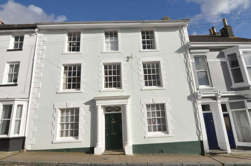 4 Bedrooms Town House for sale in Brownston Street, Modbury, South Devon