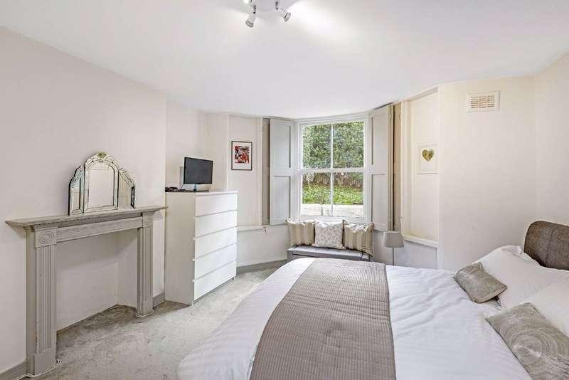 1 Bedroom Flat for sale in Landor Road, Clapham, London