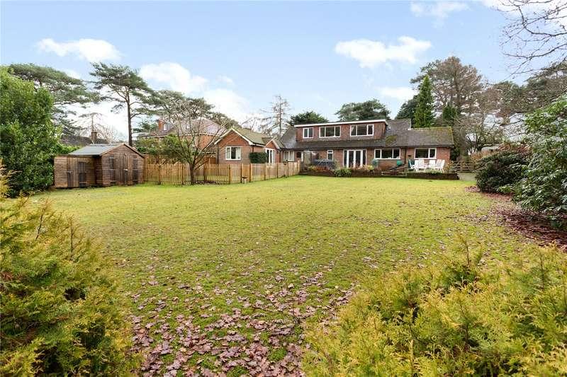 4 Bedrooms Detached Bungalow for sale in Linkside North, Hindhead, Surrey, GU26