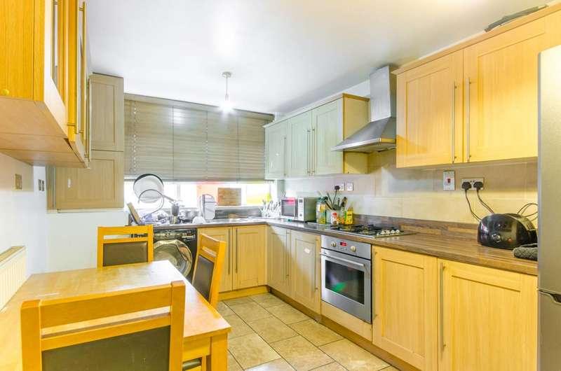 5 Bedrooms House for sale in Cassland Road, E9, Victoria Park, E9