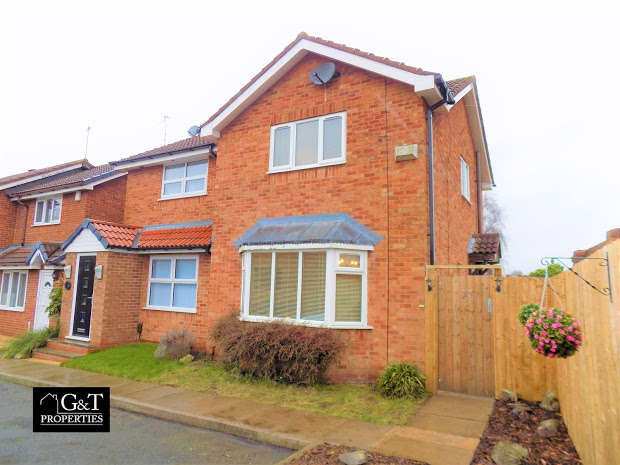 2 Bedrooms Semi Detached House for sale in CRADLEY HEATH, West Midlands, B64