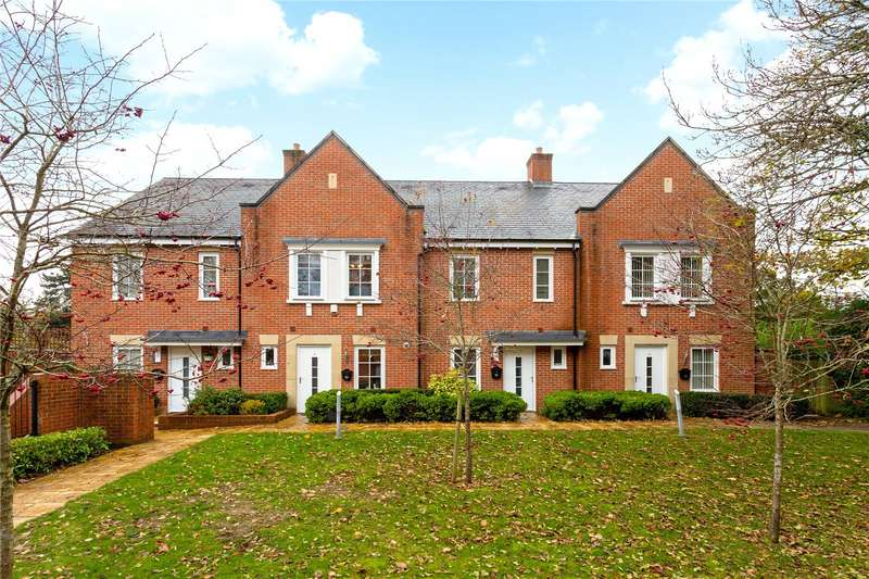 3 Bedrooms Terraced House for sale in Farley Reach, 9 Chilbolton Avenue, Winchester, Hampshire, SO22
