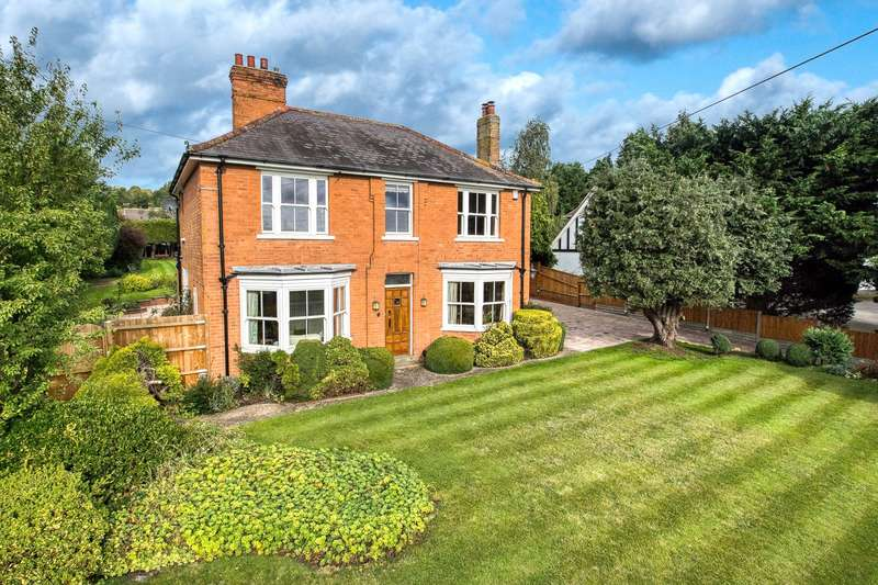 4 Bedrooms Detached House for sale in Station Road, Pershore, Worcestershire, WR10