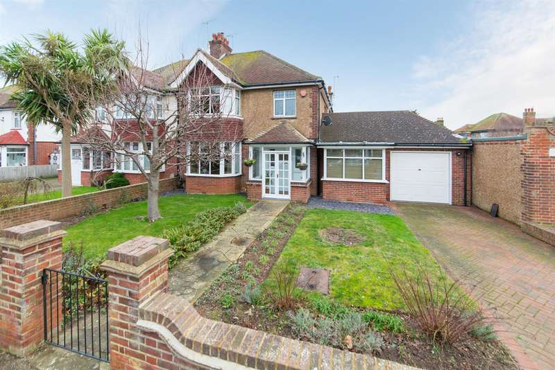 4 Bedrooms House for sale in Barnes Avenue, Margate