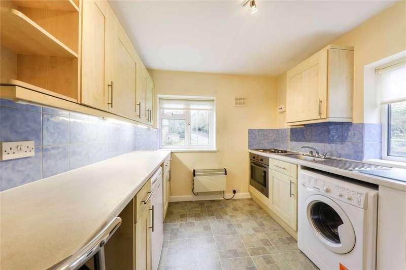 2 Bedrooms Apartment Flat for rent in Kingswick Close, Ascot, Berkshire, SL5
