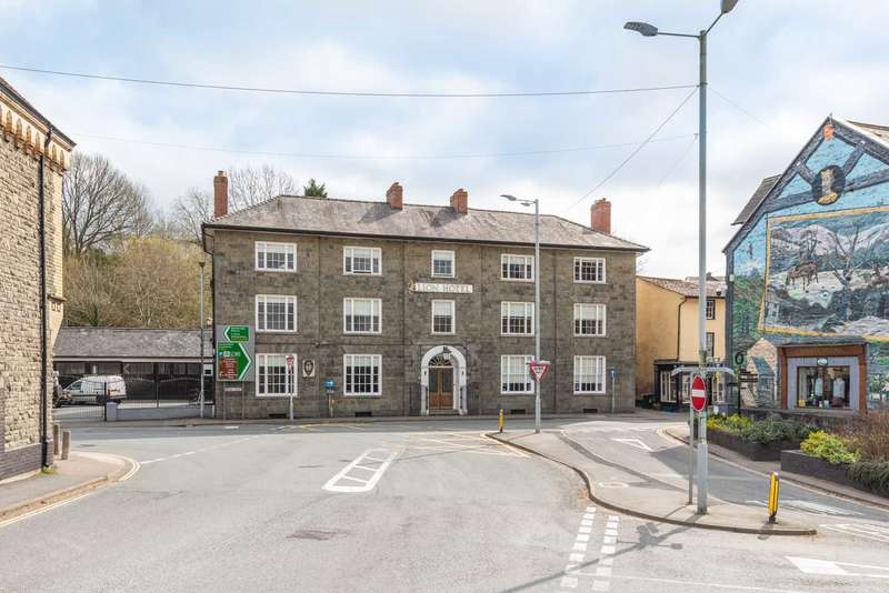 18 Bedrooms Apartment Flat for sale in Broad Street, Builth Wells, LD2