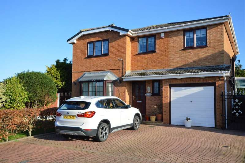 4 Bedrooms Detached House for sale in Dumbarton Close, Marton, FY4