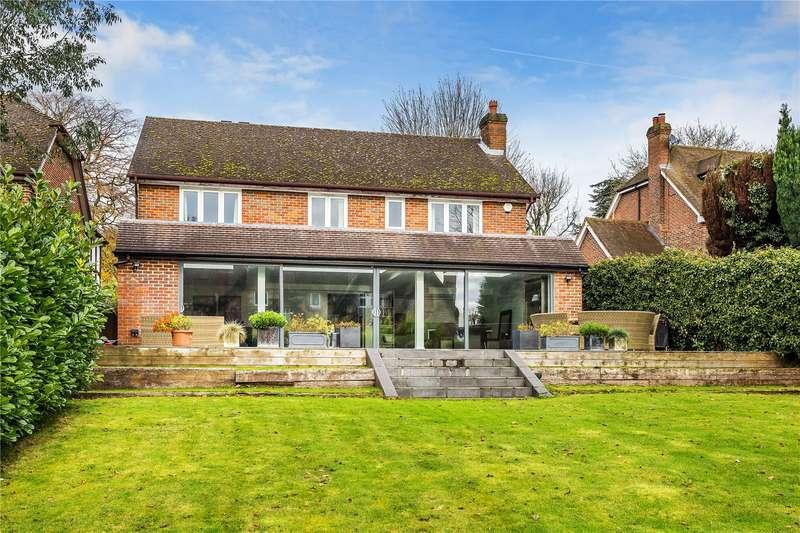 5 Bedrooms Detached House for sale in Raglan Road, Reigate, Surrey, RH2