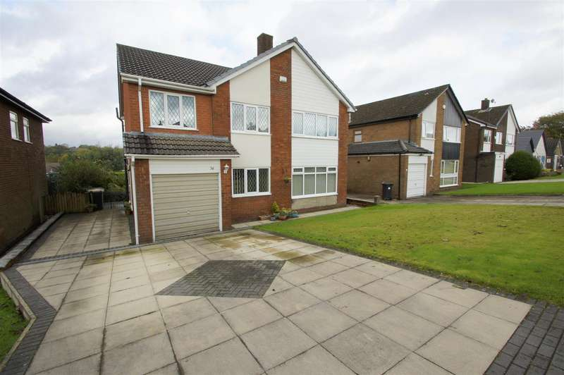 4 Bedrooms Detached House for sale in Lakelands Drive, Ladybridge, Bolton