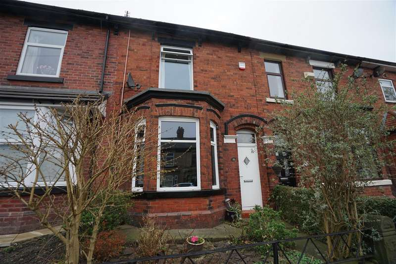2 Bedrooms Terraced House for sale in Victoria Road, Horwich