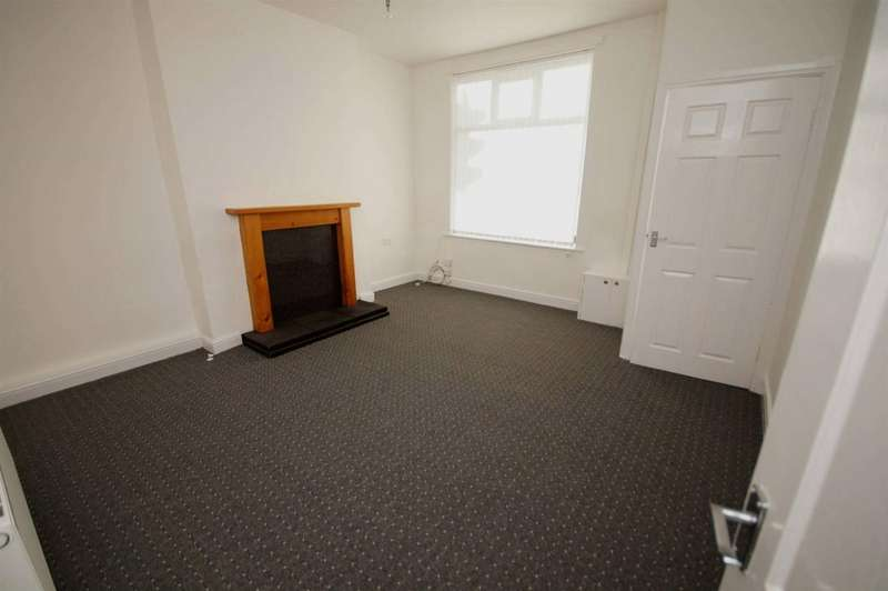 2 Bedrooms Terraced House for sale in Bury Road, Bolton