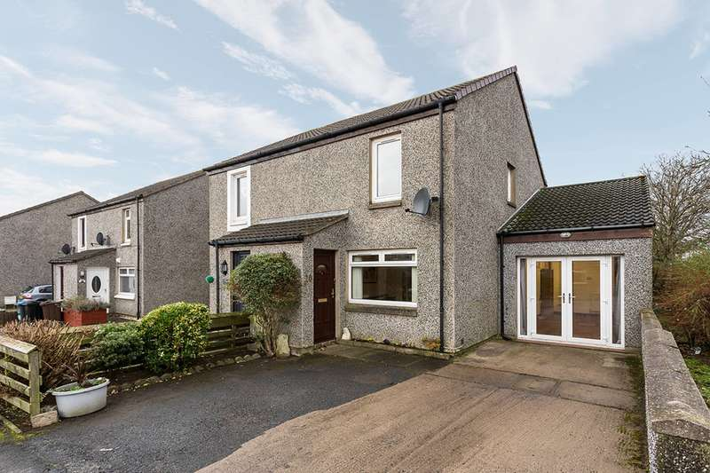 2 Bedrooms Semi Detached House for sale in Langdykes Way, Cove Bay, Aberdeen, AB12 3HG