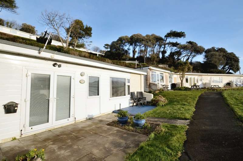 3 Bedrooms Semi Detached Bungalow for sale in Westfield Bungalows, Madeira Road, Ventnor