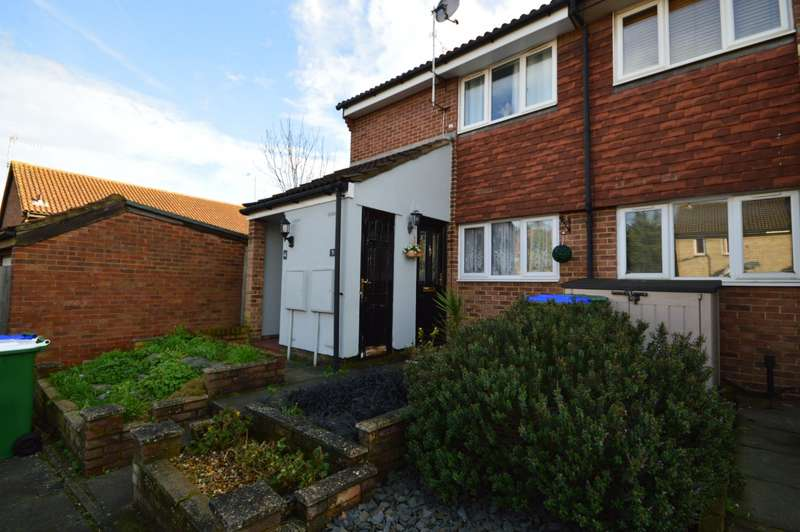 1 Bedroom Maisonette Flat for sale in Walker Close, Crayford, Dartford, Kent, DA1