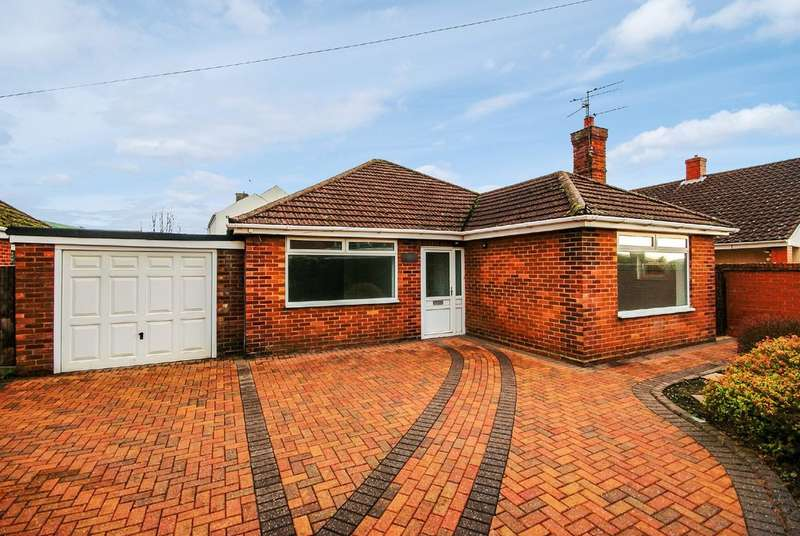 3 Bedrooms Property for sale in Chapel Lane, North Hykeham LN6