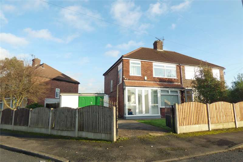 3 Bedrooms Semi Detached House for sale in Kings Road, Chadderton, Oldham, OL9