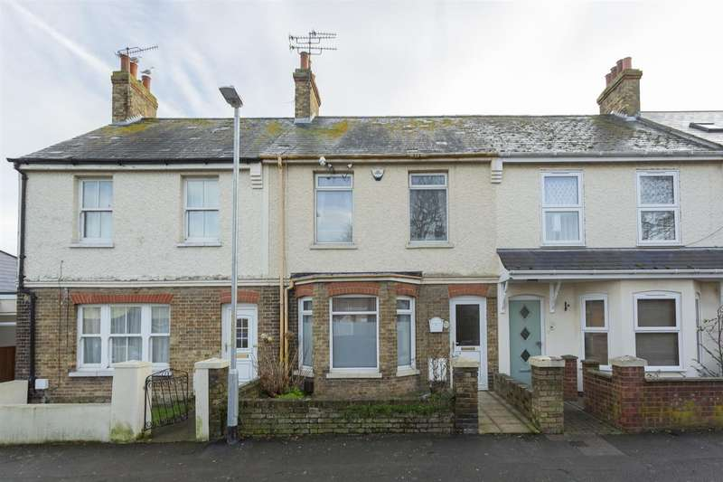 2 Bedrooms Terraced House for sale in Linksfield Road, Westgate-On-Sea
