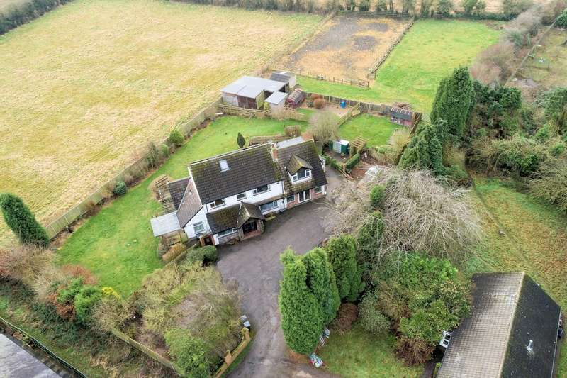 6 Bedrooms Detached House for sale in Hawthorne Drive, Ibstock