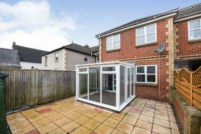 2 Bedrooms Semi Detached House for sale in Hayling Island, Hampshire