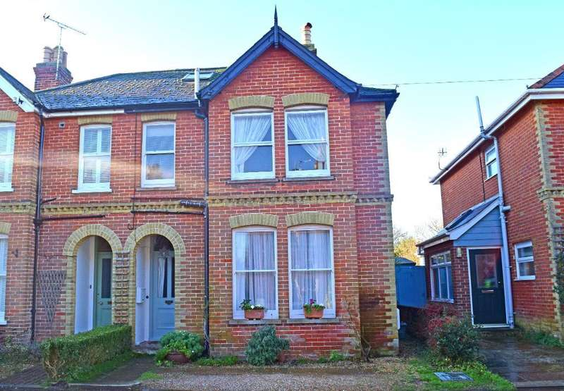3 Bedrooms Semi Detached House for sale in Dennett Road, Bembridge, Isle of Wight, PO35 5XF