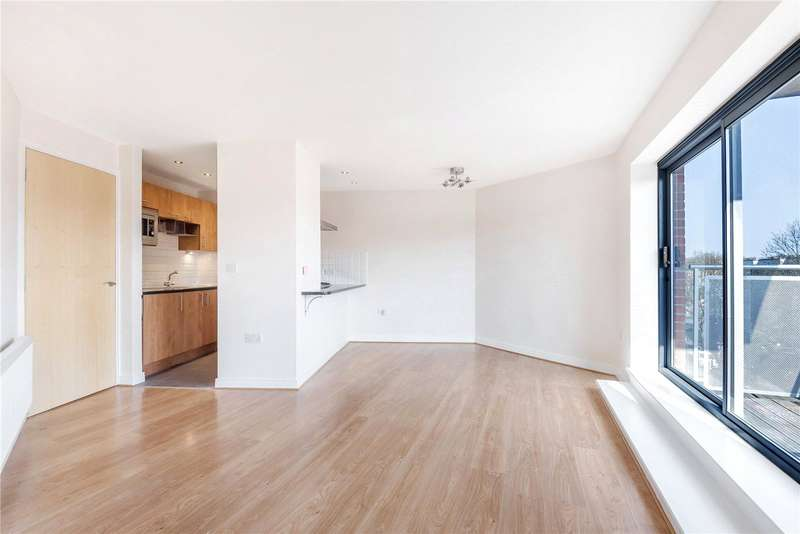 2 Bedrooms Flat for sale in Benwell Road, Highbury, London, N7