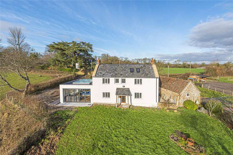 4 Bedrooms Detached House for sale in Knowle Lane, Chard, Somerset, TA20
