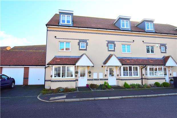 4 Bedrooms Terraced House for sale in Northcliffe, Bexhill-On-Sea, East Sussex, TN40 1RA