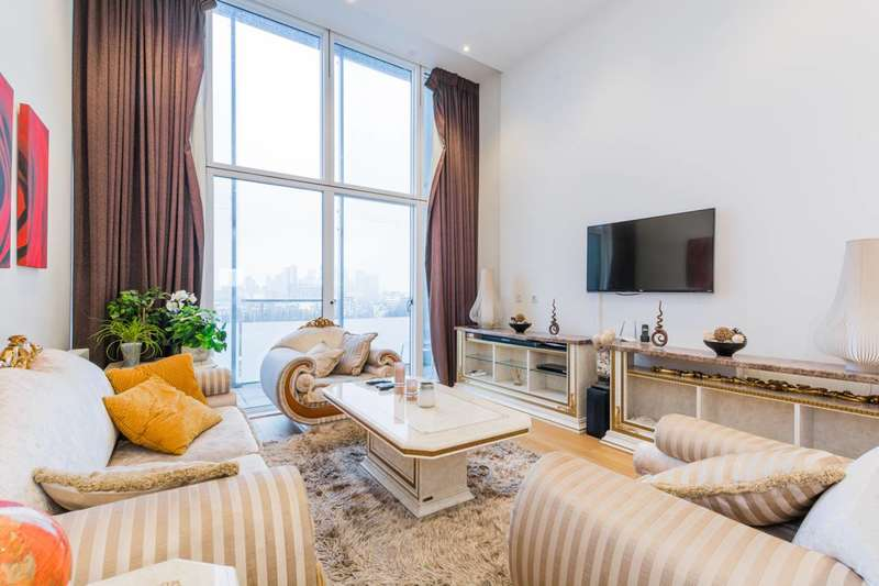 3 Bedrooms Penthouse Flat for sale in Peartree Way, North Greenwich, SE10