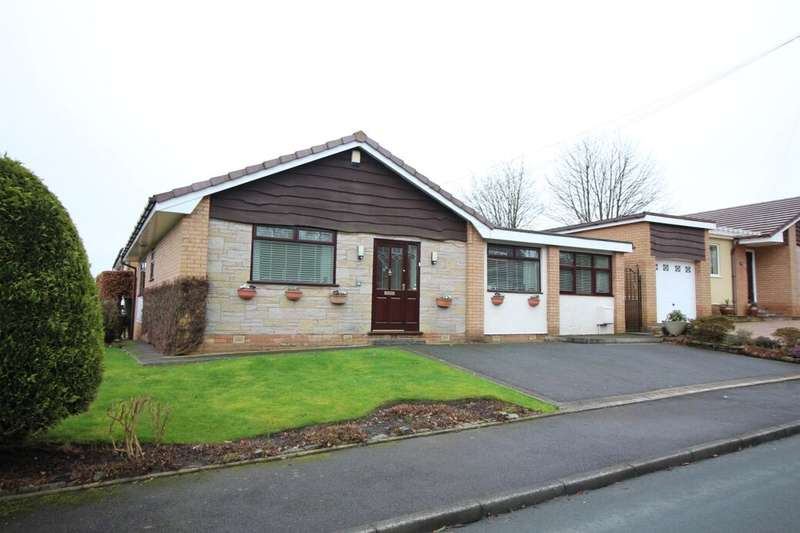 3 Bedrooms Detached Bungalow for sale in Dunedin Road, Greenmount, Bury, BL8