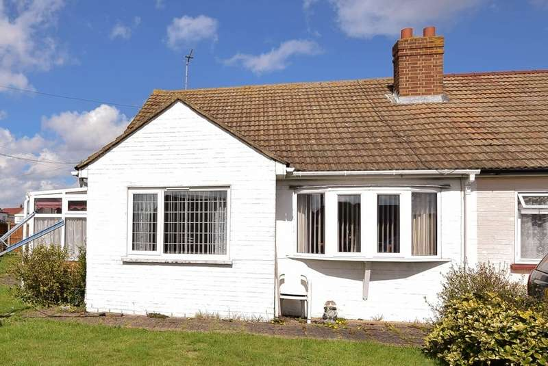 2 Bedrooms Semi Detached Bungalow for sale in Daimler Avenue, Herne Bay