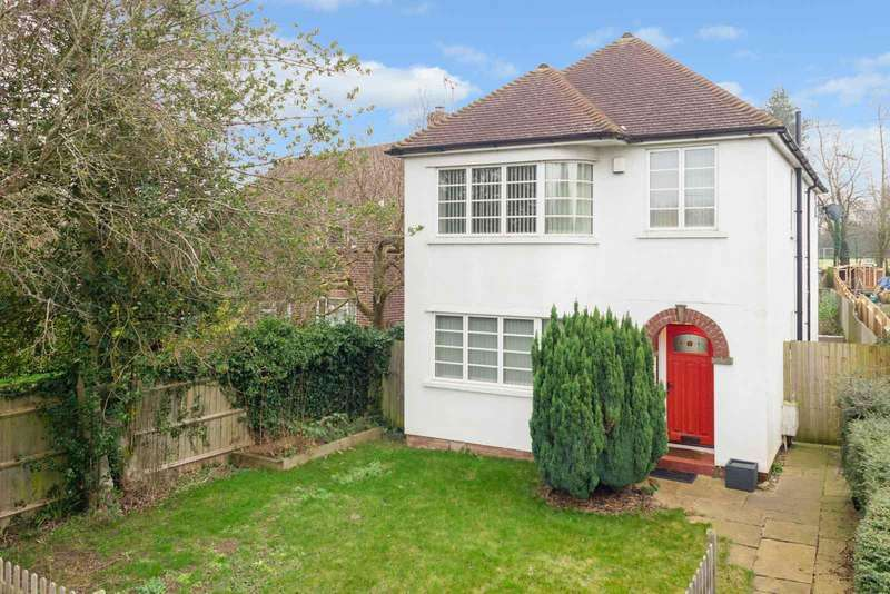 4 Bedrooms Detached House for sale in Warren Lane, Ashford, TN24