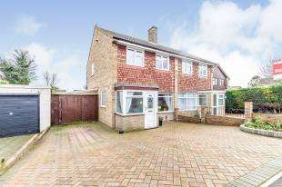 3 Bedrooms Semi Detached House for sale in Cryalls Lane, Sittingbourne, Kent