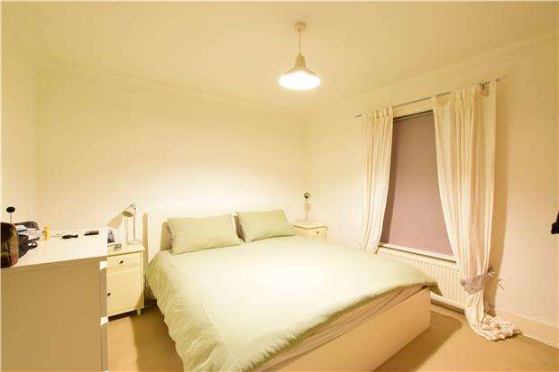 3 Bedrooms Semi Detached House for sale in Nursery Road, TUNBRIDGE WELLS, Kent, TN4 9BY