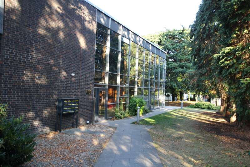 1 Bedroom Apartment Flat for sale in Nellis Hall, Newsom Place, Hatfield Road, St. Albans, AL1