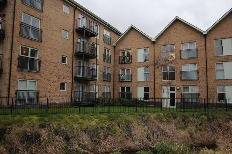 2 Bedrooms Apartment Flat for sale in Esparto Way, South Darenth, Dartford, Kent, DA4