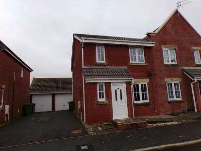 4 Bedrooms Semi Detached House for sale in Fishermans Way, Fleetwood, FY7