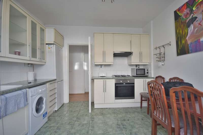 3 Bedrooms Flat for sale in Widdenham Road, Caledonian Road
