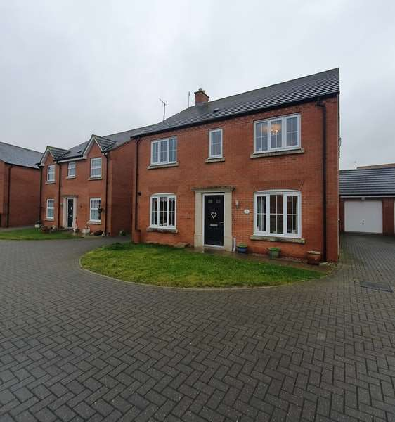 4 Bedrooms Detached House for sale in Poppy Road, Lincoln, Lincolnshire, LN6
