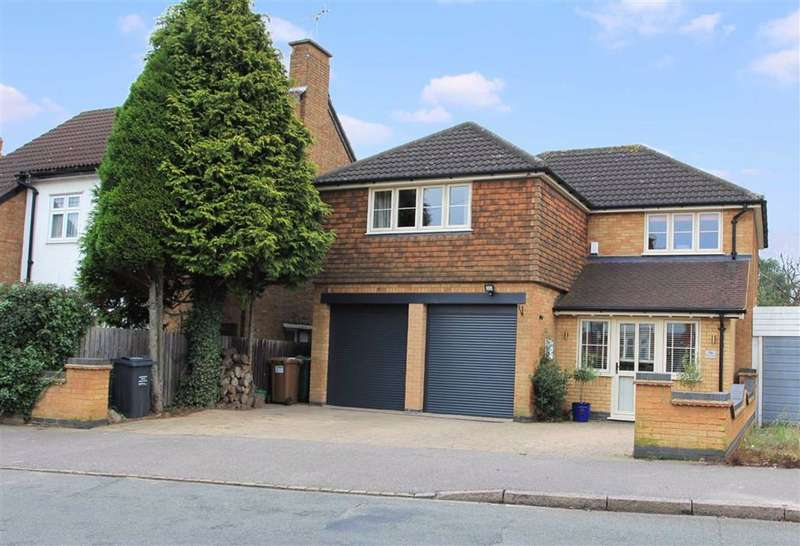 4 Bedrooms Detached House for sale in Curzon Avenue, Birstall, Leicestershire