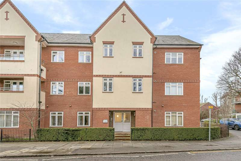 2 Bedrooms Apartment Flat for sale in Woodman House, 10-12 High Street, Rickmansworth, Hertfordshire, WD3