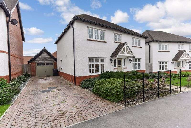 4 Bedrooms Property for sale in Newlands Avenue, Waterlooville