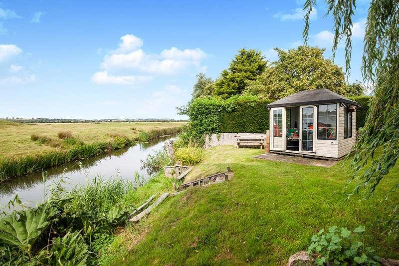 3 Bedrooms Detached House for sale in Sea Road, Winchelsea Beach, Winchelsea, East Sussex, TN36